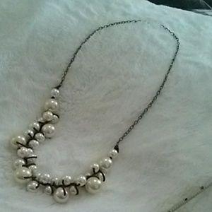 Jewelry - Big beaded necklace